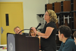 Ailish Hambel addresses the group about her resignation. Photo by Jennifer Jean Miller.