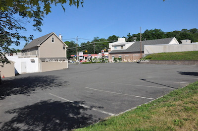 The rear of the Newton Pizza parking lot as pictured on June 7, the day following the discovery of Thomas Thum's body in the rear of this parking lot. Photo by Jennifer Jean Miller.