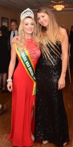 Bianca Silva (left) with event organizer Alexandra Miller (right).