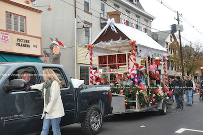 One of the Christmas scenes in the parade. Photo by Jennifer Jean Miller.